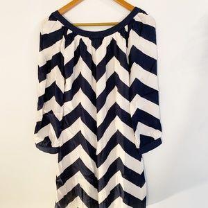 LIKE NEW!!Vineyard Vines silk navy and white dress